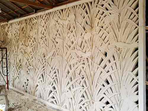 Carved panel wall for sale by buying agent in Bali sourcing in Indonesia for export.