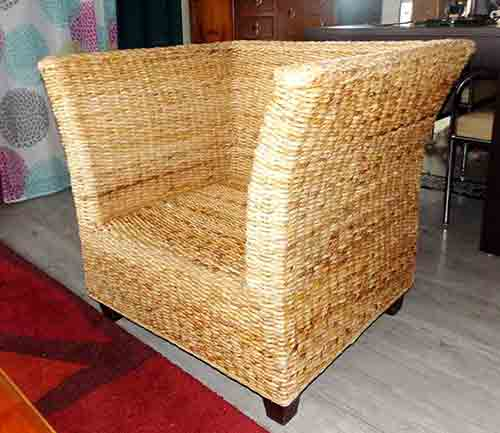 Banana leaf armchair for export from indonesia by sourcing agent in Bali.