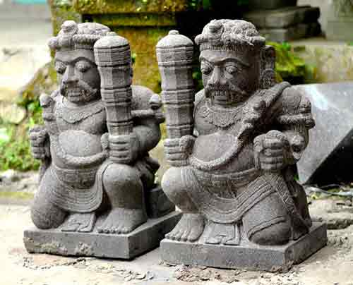 Small statues of Indonesian gods for sale by export and buying agent in Bali sourcing indonesia.
